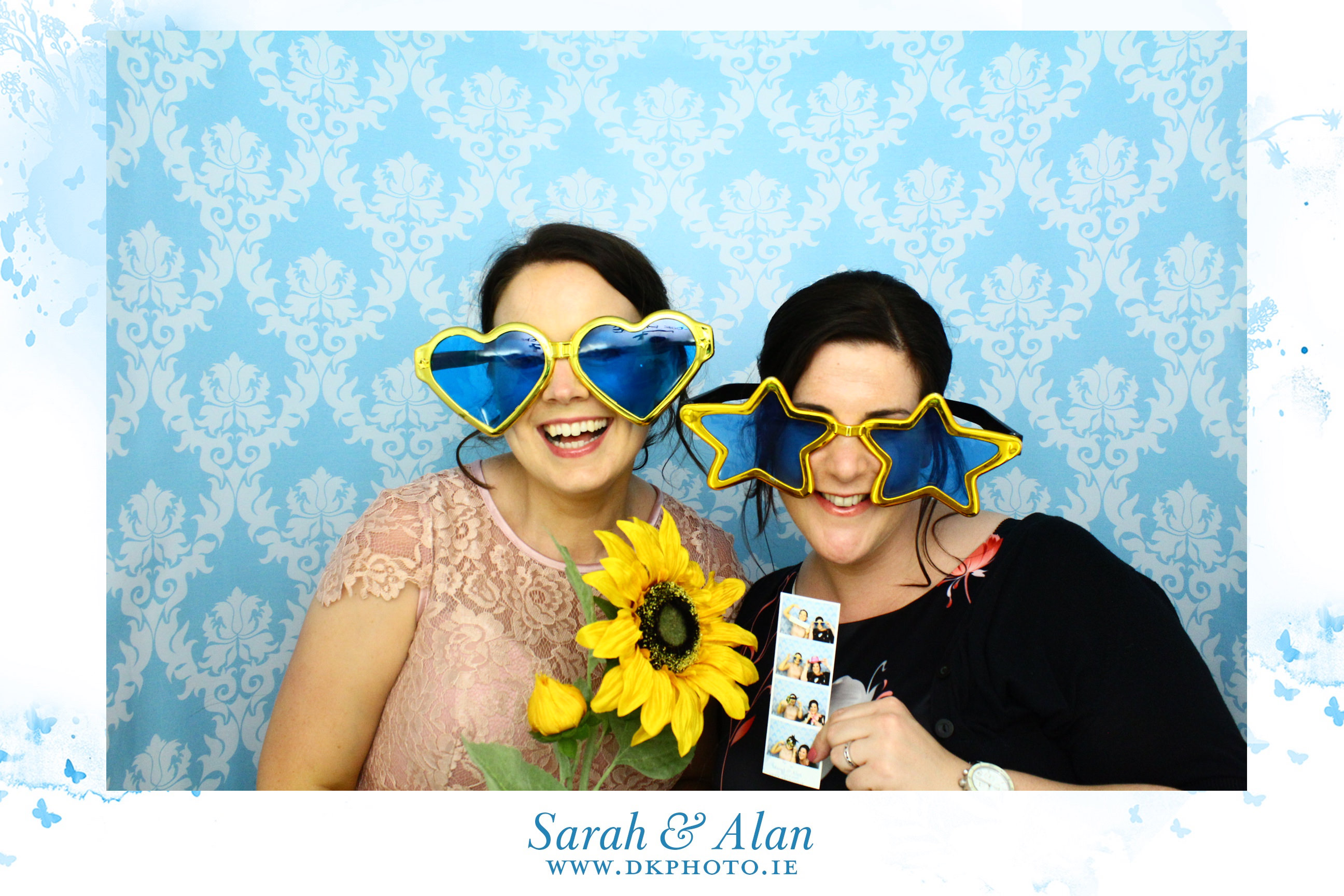 20160814004708 - Why You Should Have Photobooth At Your Wedding ?