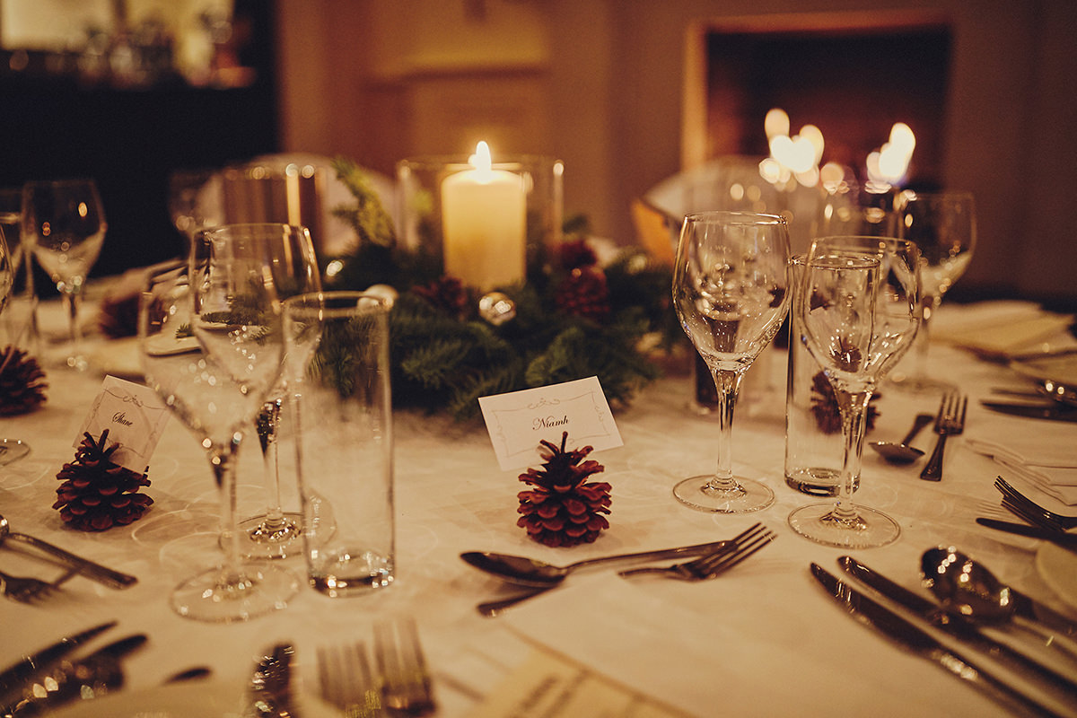 Brooklodge Wedding - Love Winter weddings ! | T & A 58