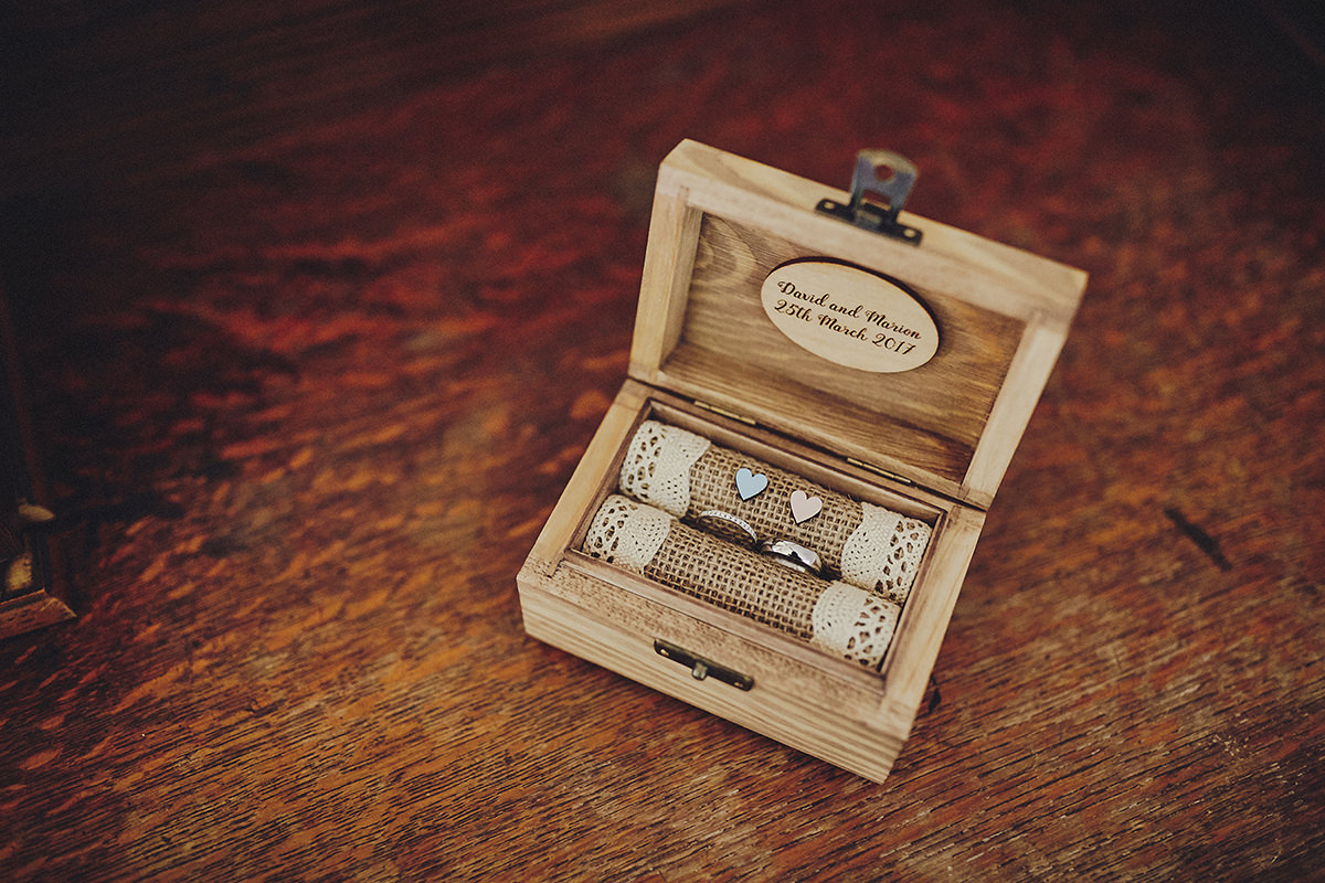 Rings wooden box