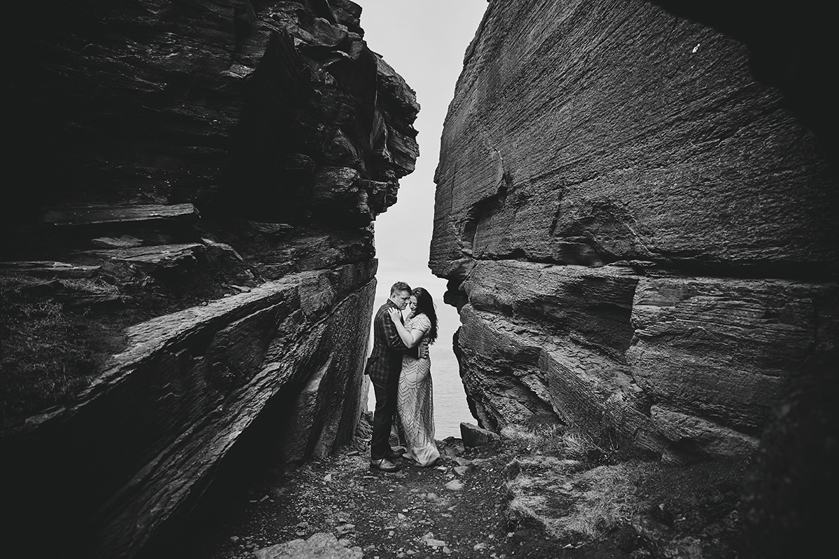 Elopement Cliffs of moher