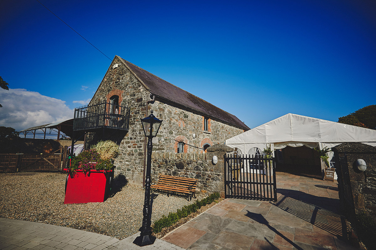 Segrave Barns Wedding