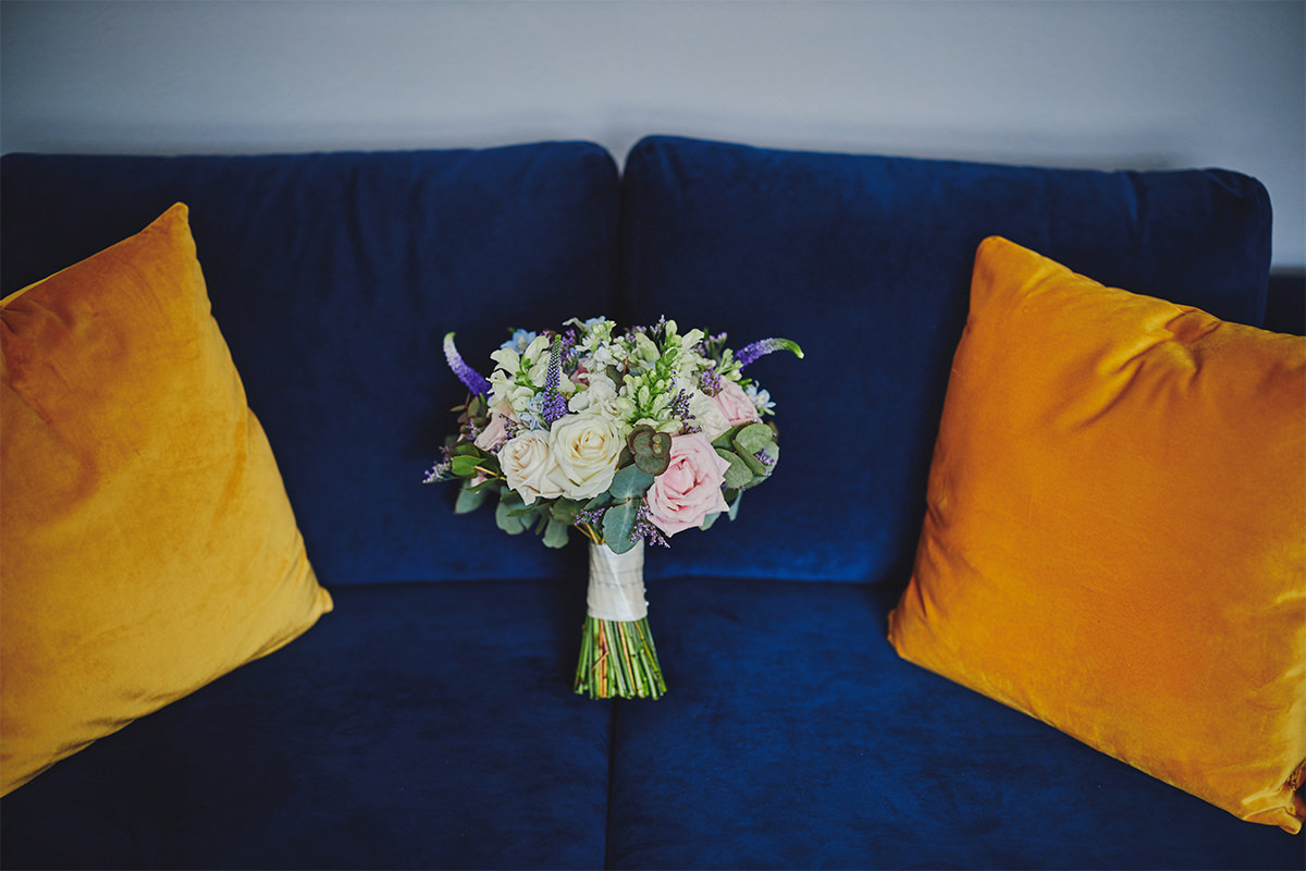 8 Tips Wedding flowers colours 31