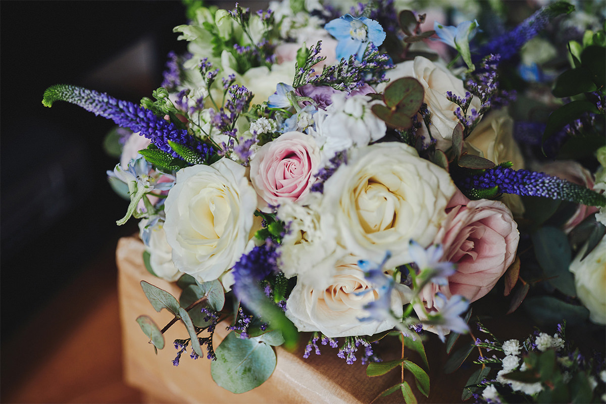 8 Tips Wedding flowers colours 64