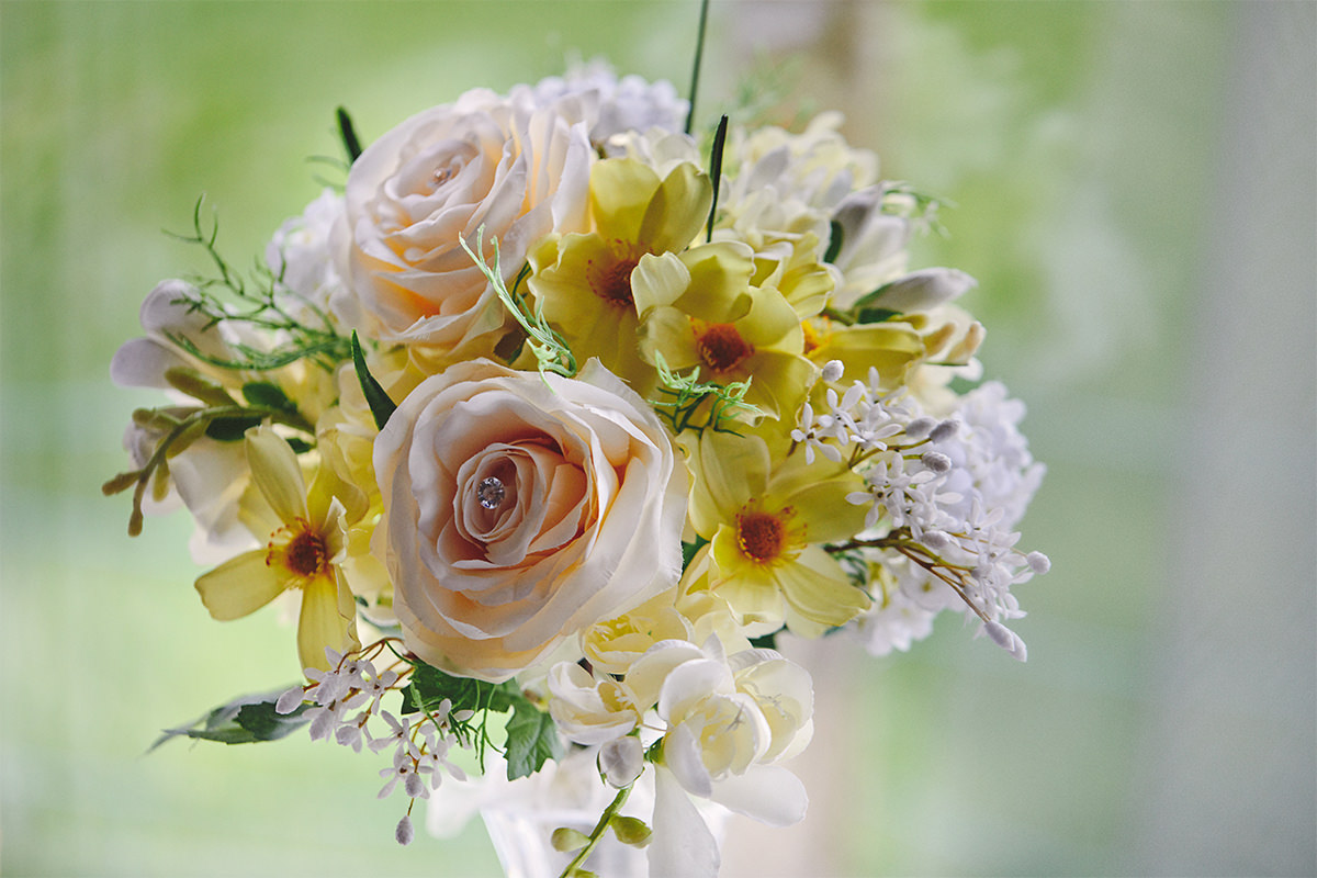8 Tips Wedding flowers colours 81
