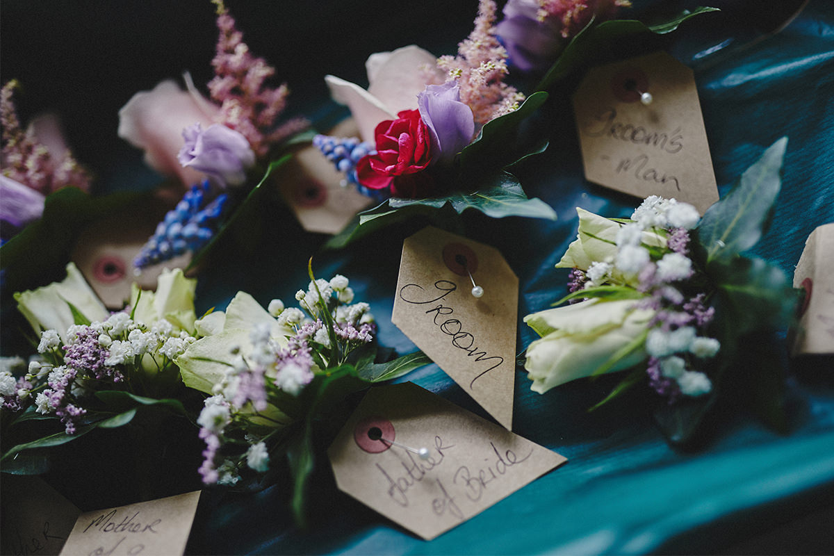 8 Tips Wedding flowers colours 82