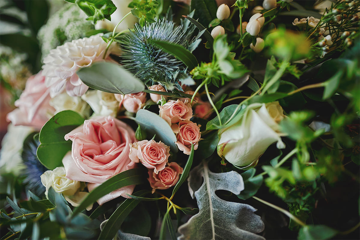 8 Tips Wedding flowers colours 91