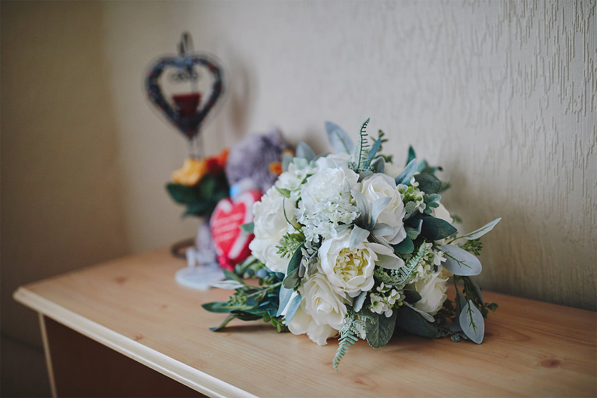 8 Tips Wedding flowers colours 95