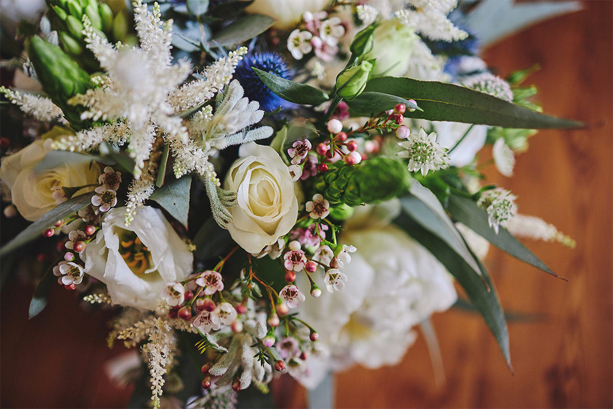8 Tips Wedding flowers colours 97