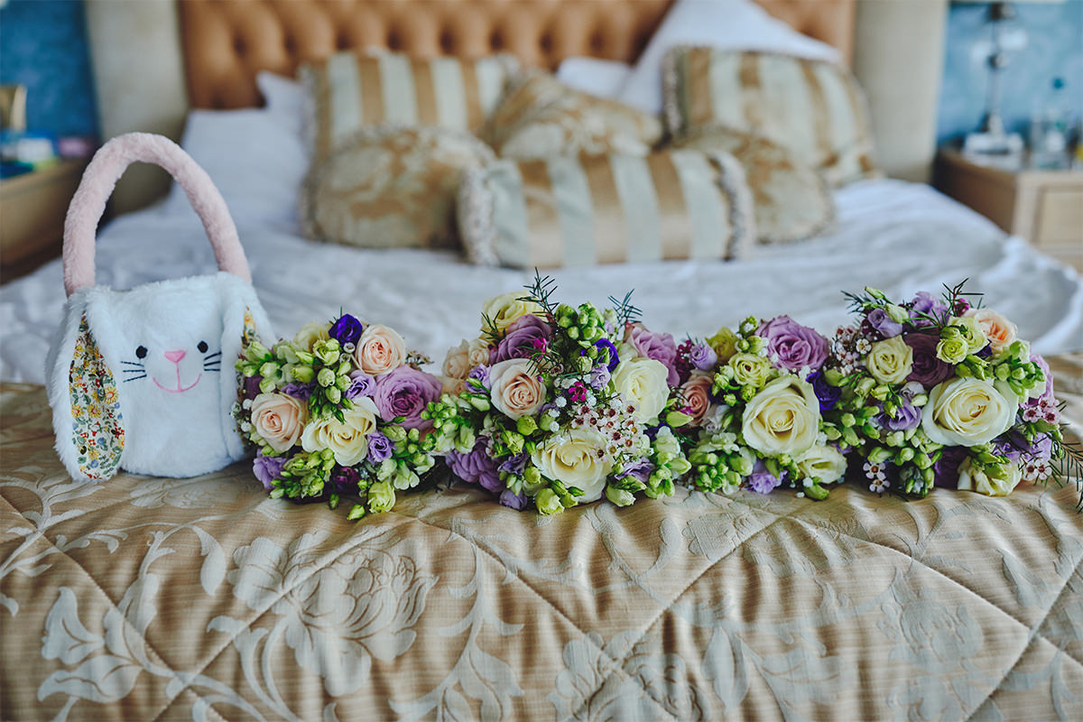 8 Tips Wedding flowers colours 8