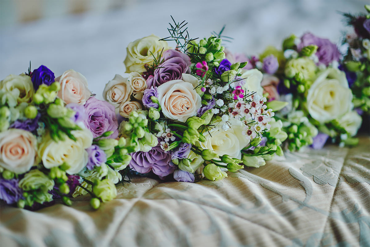 8 Tips Wedding flowers colours 113