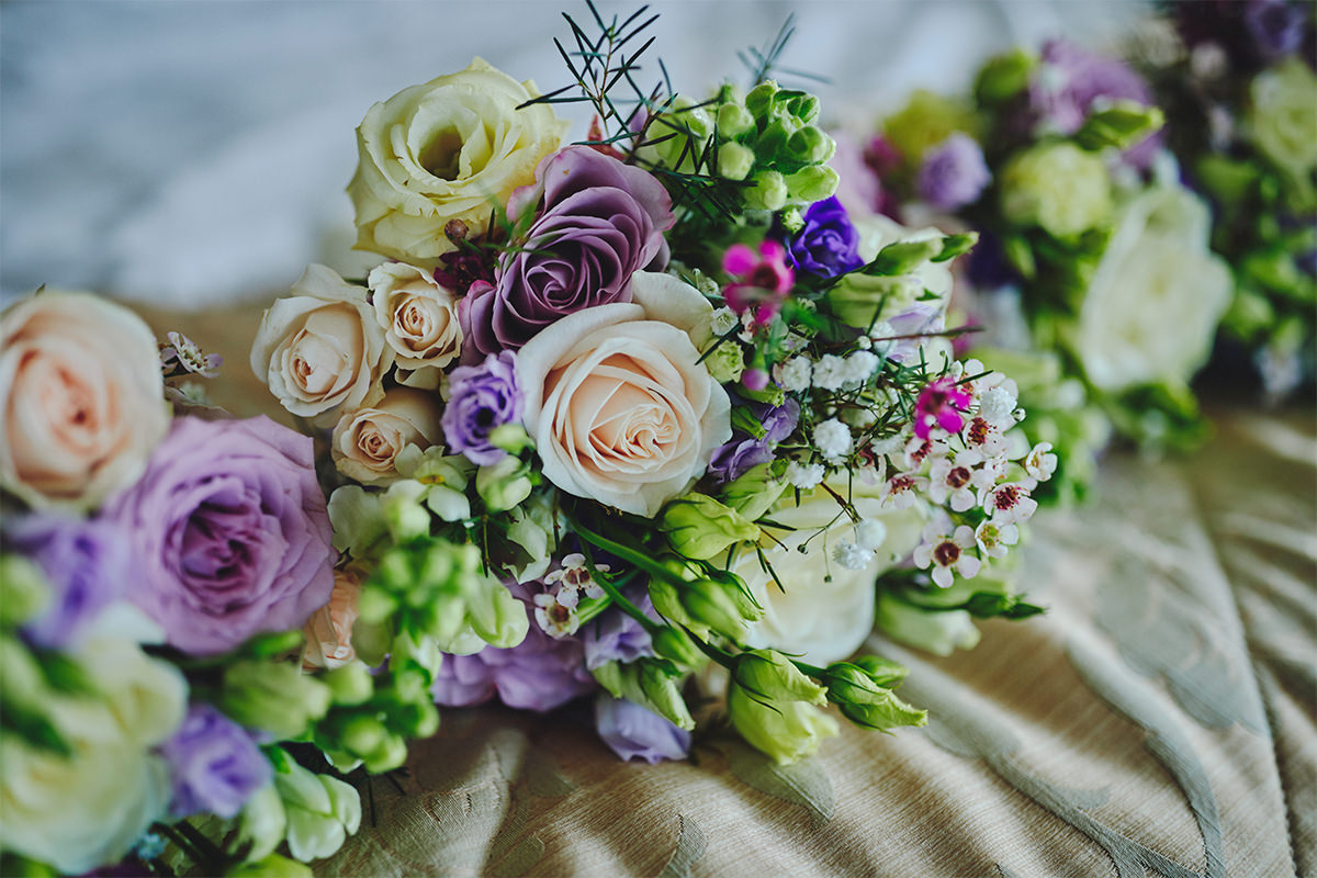 8 Tips Wedding flowers colours 114