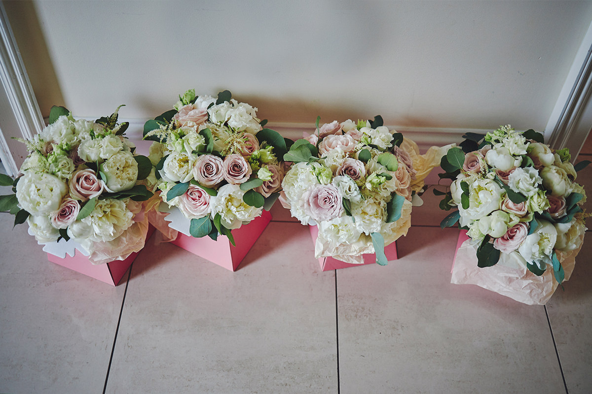 8 Tips Wedding flowers colours 115