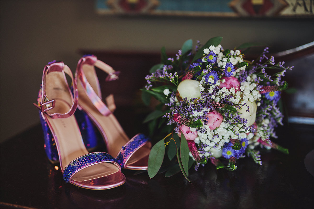 8 Tips Wedding flowers colours 123