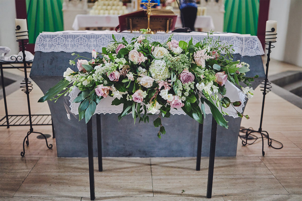 8 Tips Wedding flowers colours 132