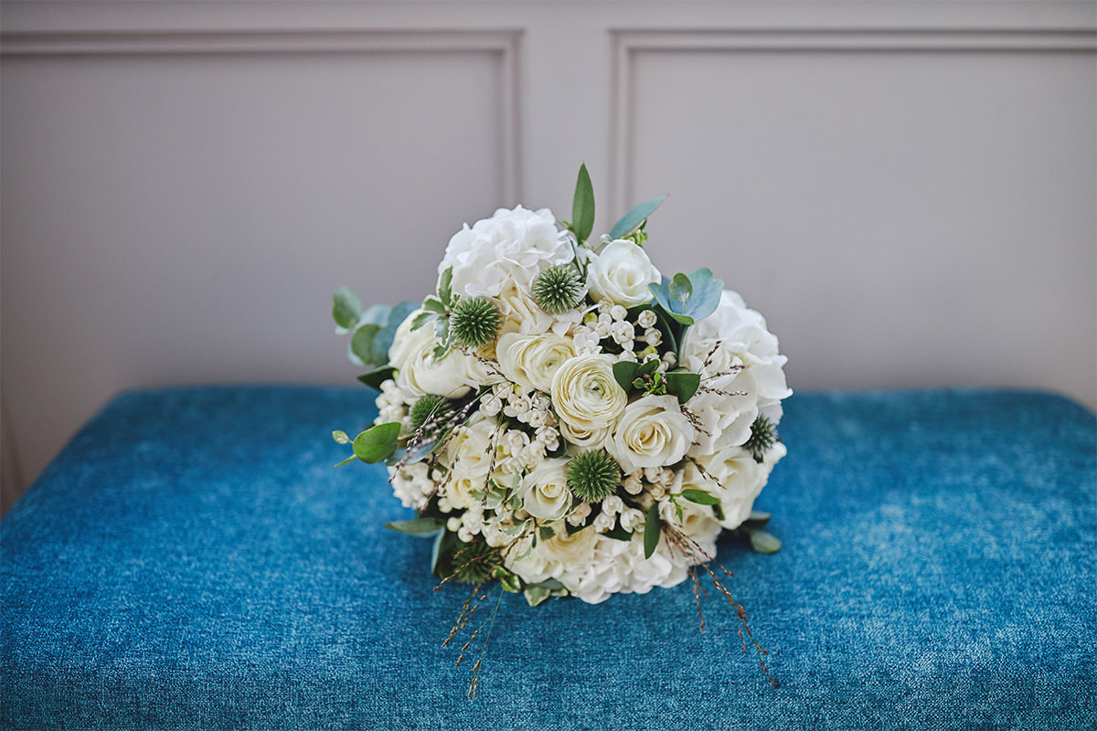 8 Tips Wedding flowers colours 141