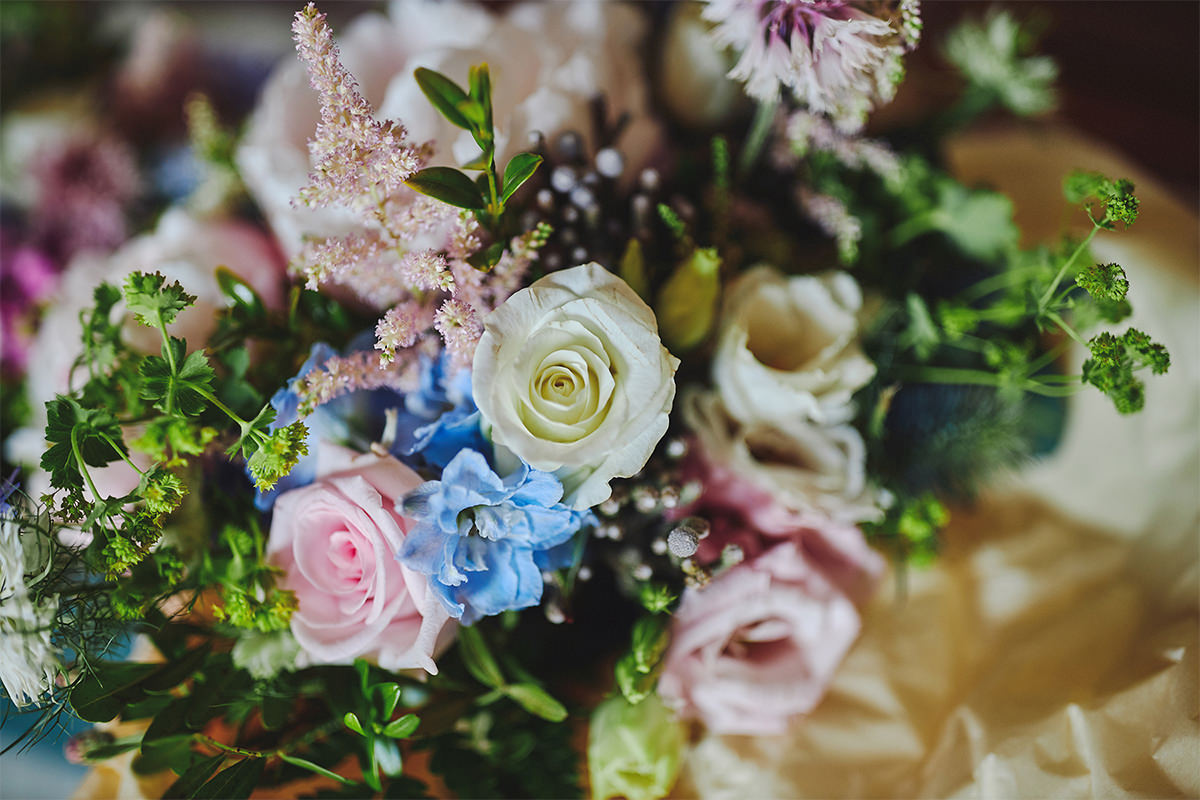 8 Tips Wedding flowers colours 143