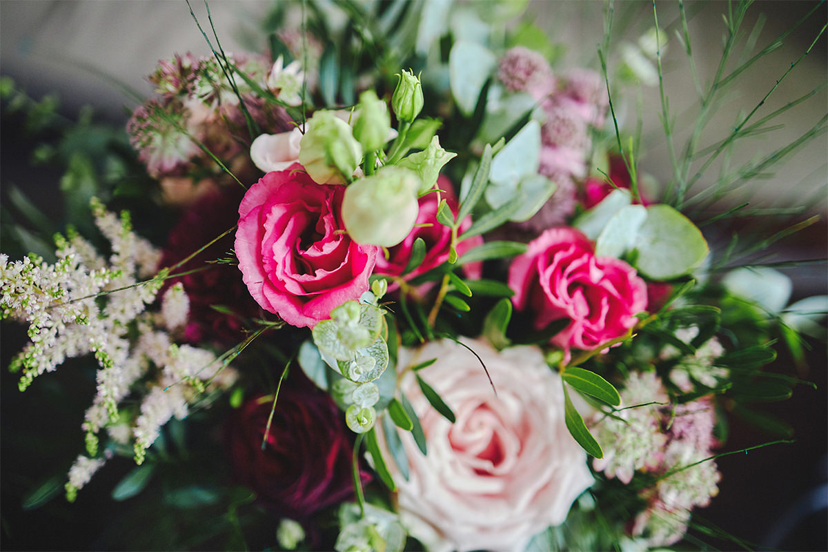 8 Tips Wedding flowers colours 149