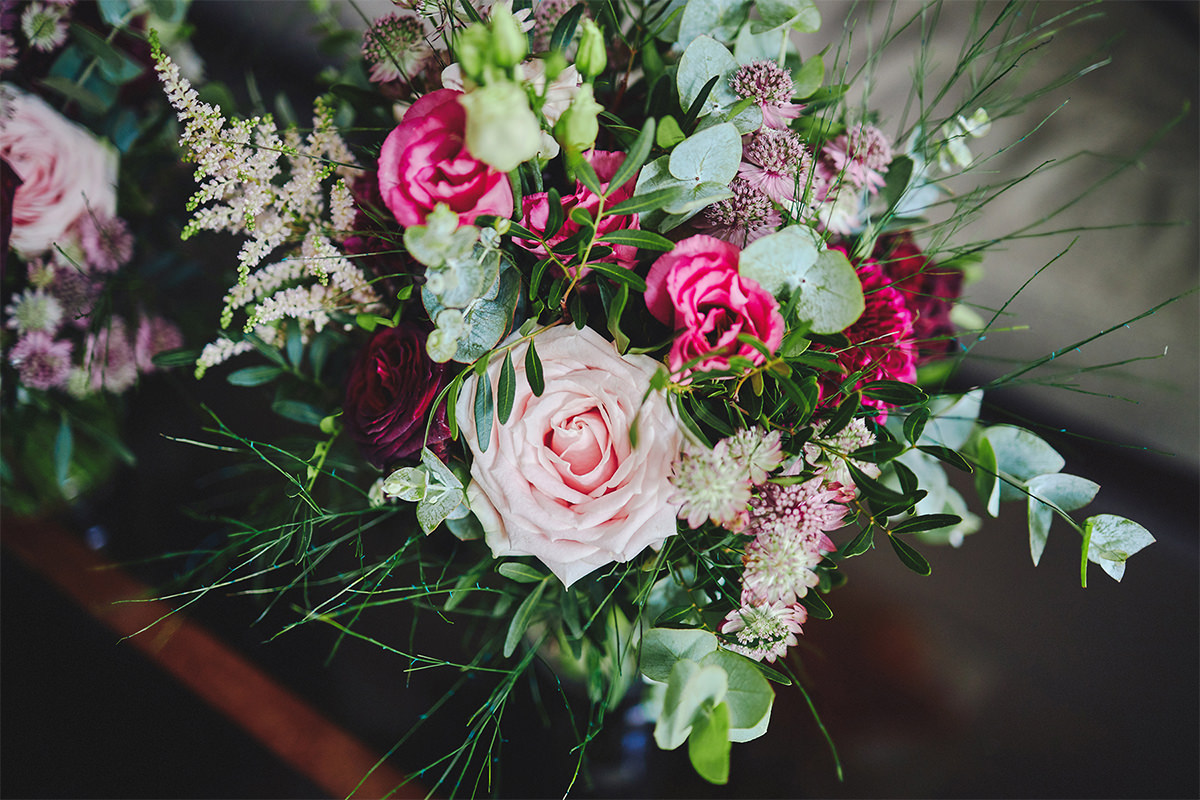 8 Tips Wedding flowers colours 151