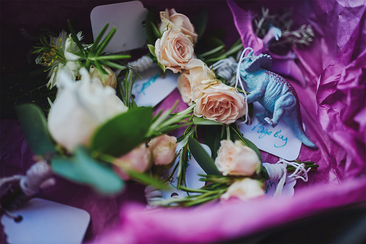 8 Tips Wedding flowers colours 152