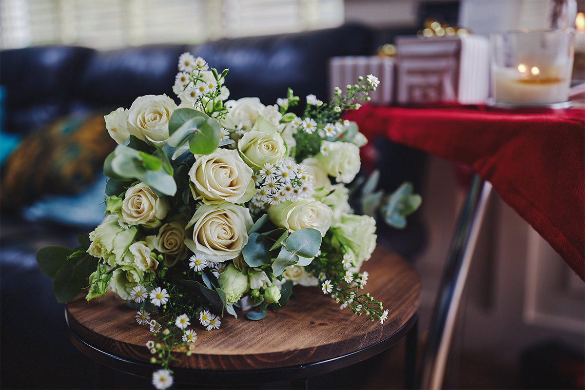 8 Tips Wedding flowers colours 174