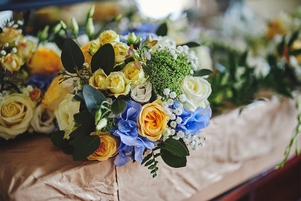 8 Tips Wedding flowers colours 185