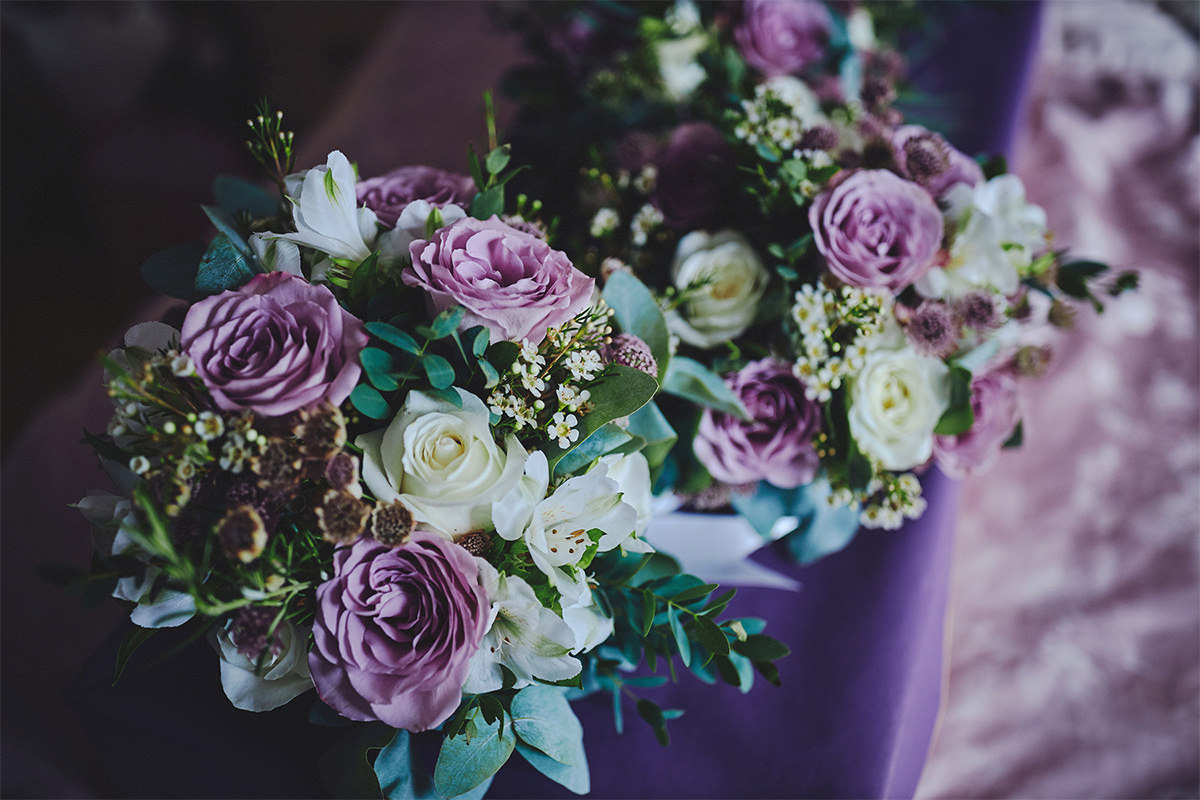 8 Tips Wedding flowers colours 193