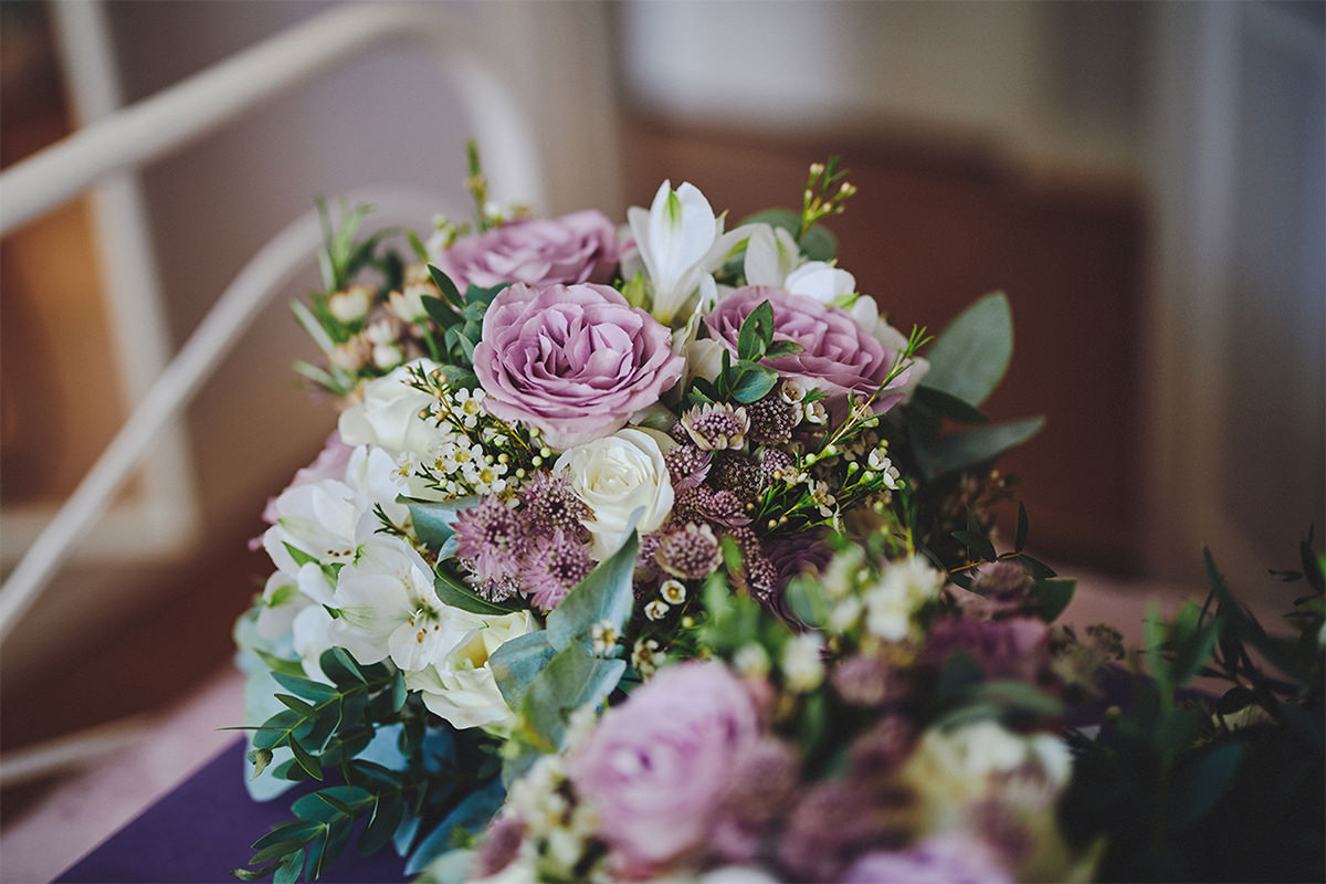 8 Tips Wedding flowers colours 194