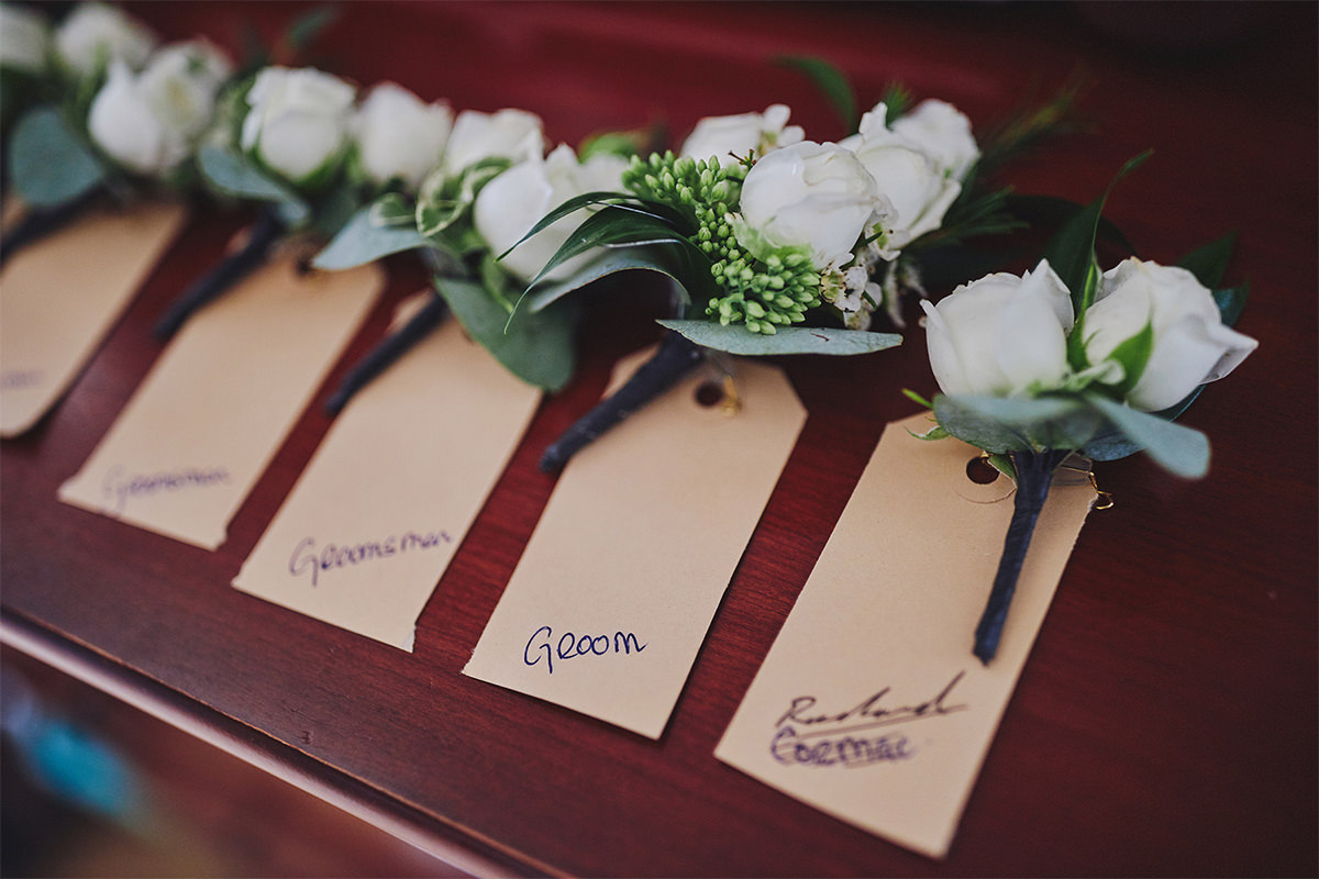 8 Tips Wedding flowers colours 212