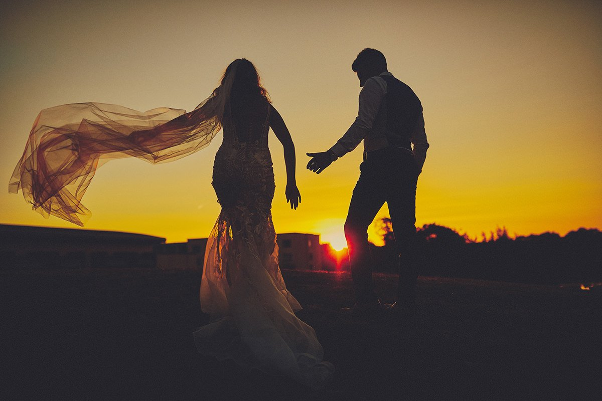 5 tips wedding sunset photos 40