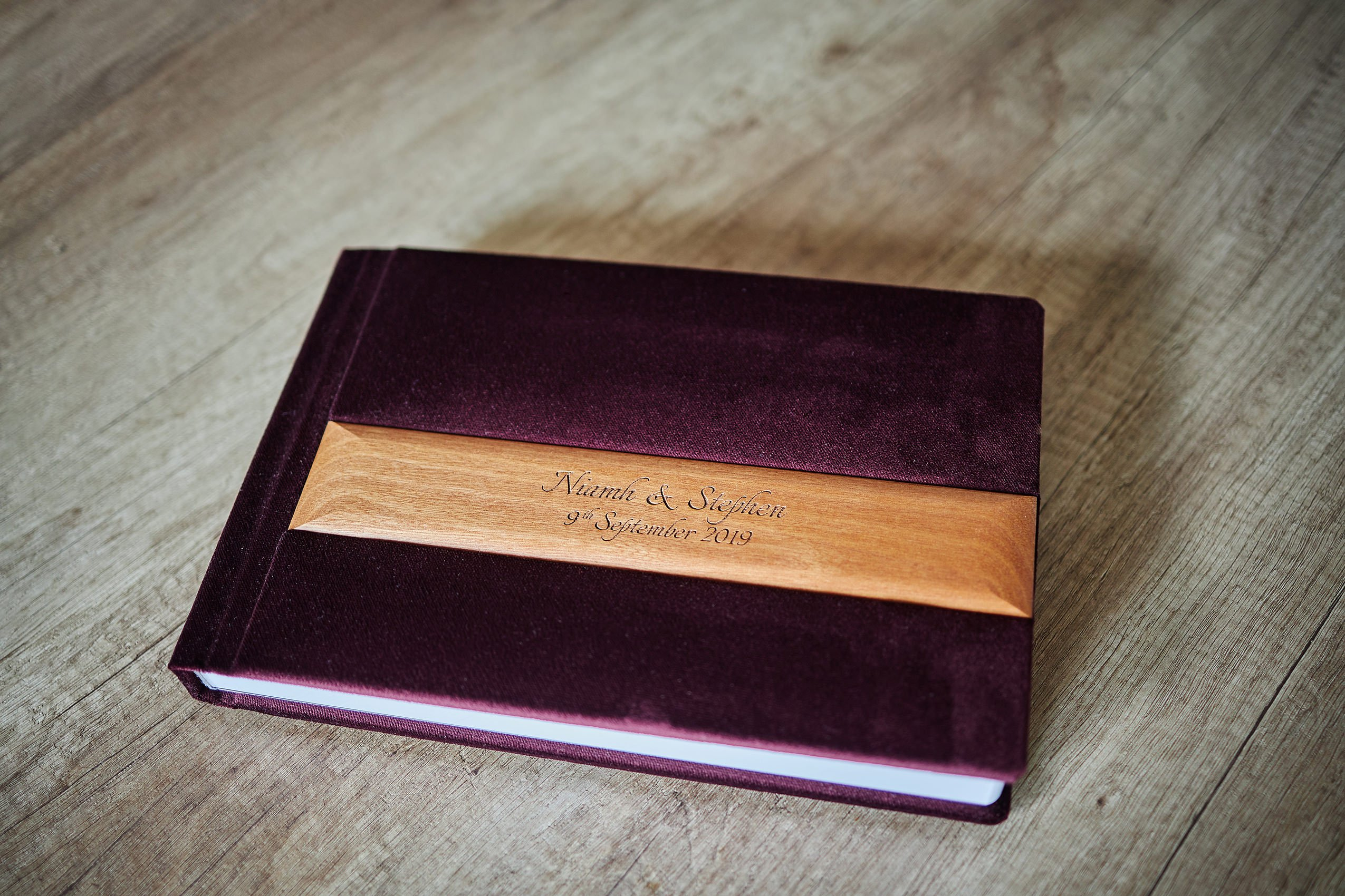 1 Standard and 2 Parents wedding albums (60 pages-150 photos) PLAN 8