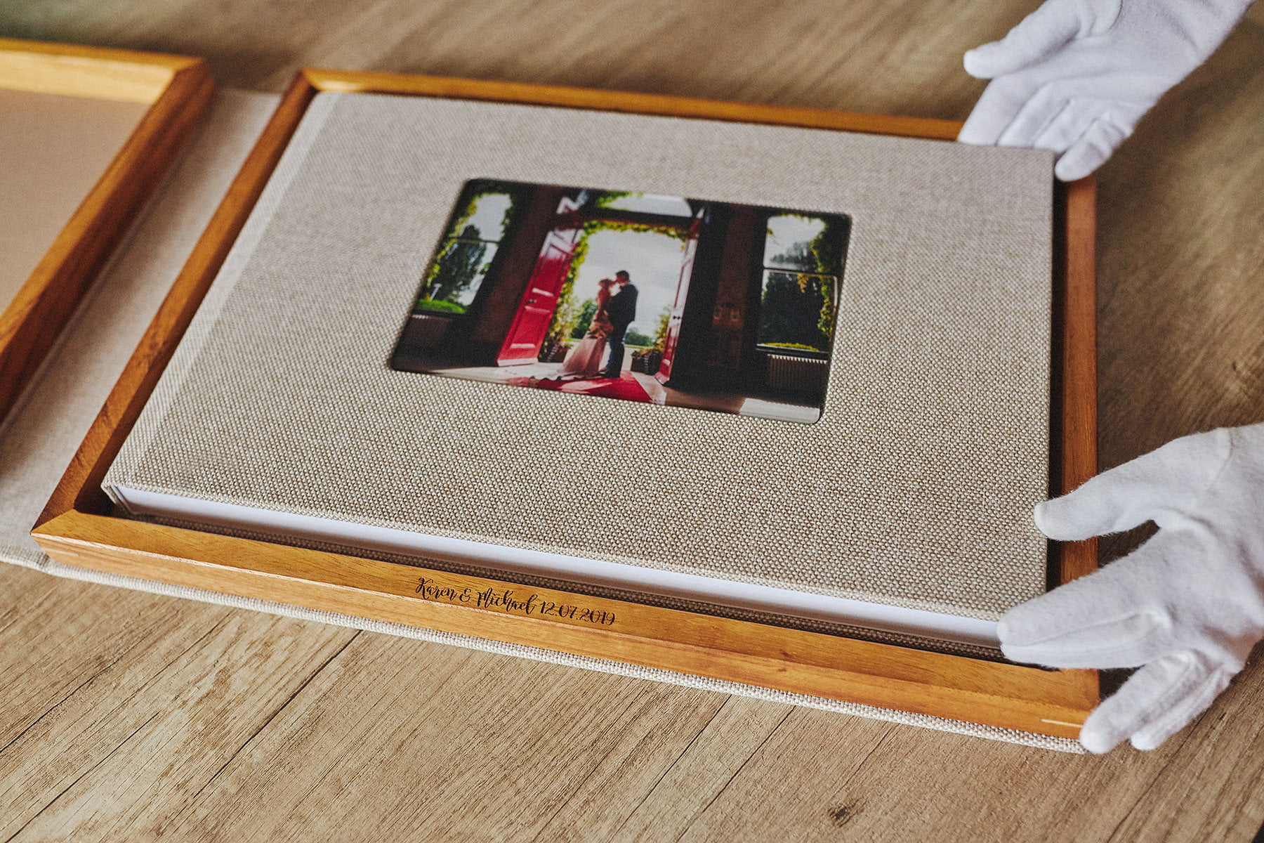 Why you should order a wedding album even if your wedding was 5, 10 or even 20 years ago! 3