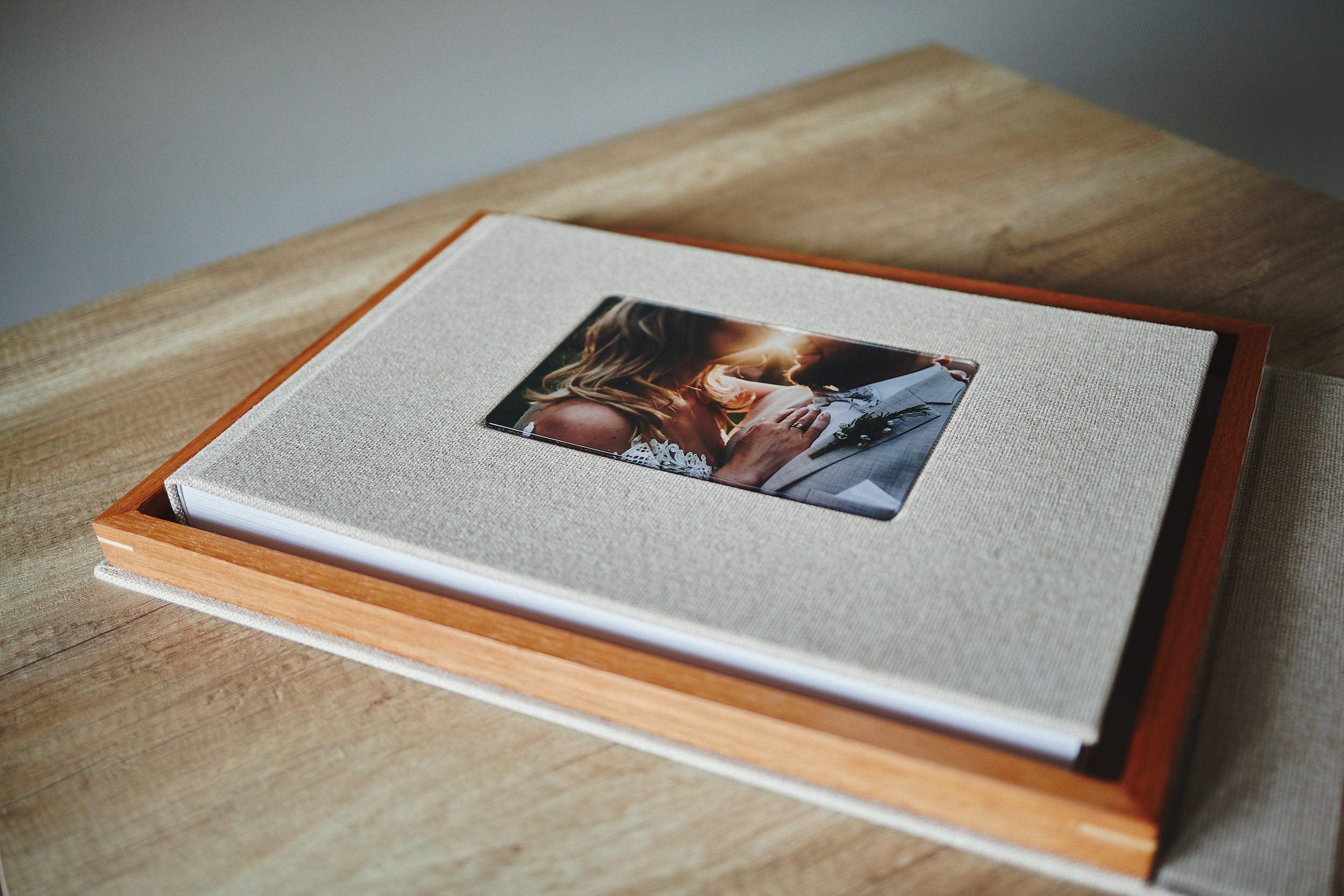 wedding-albums-ireland-00001 75