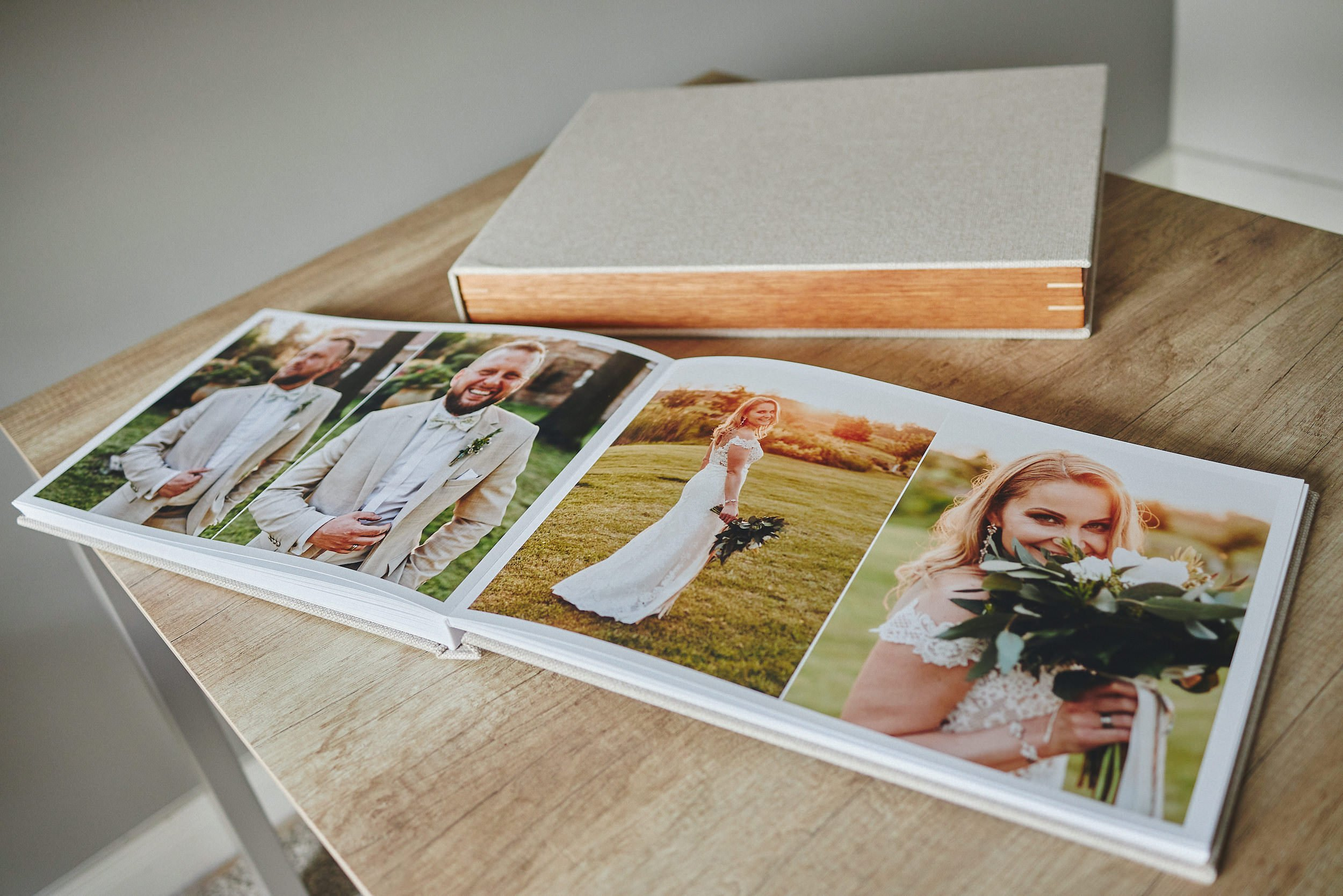 Most Popular Wedding Album + Wooden Box Bundle PLAN 1