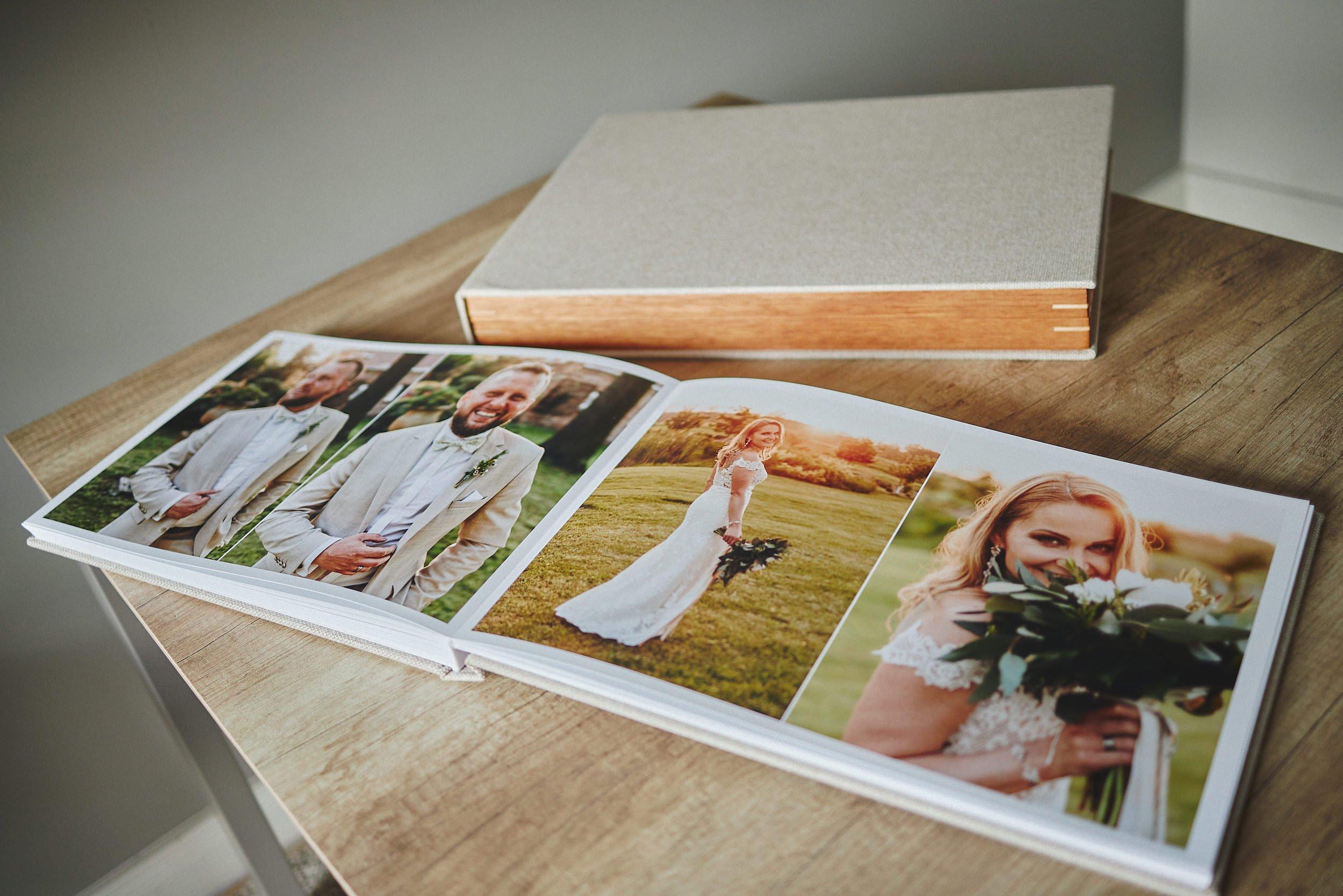 Standard Wedding Album 30x45cm (40 pages -100 photos) 1