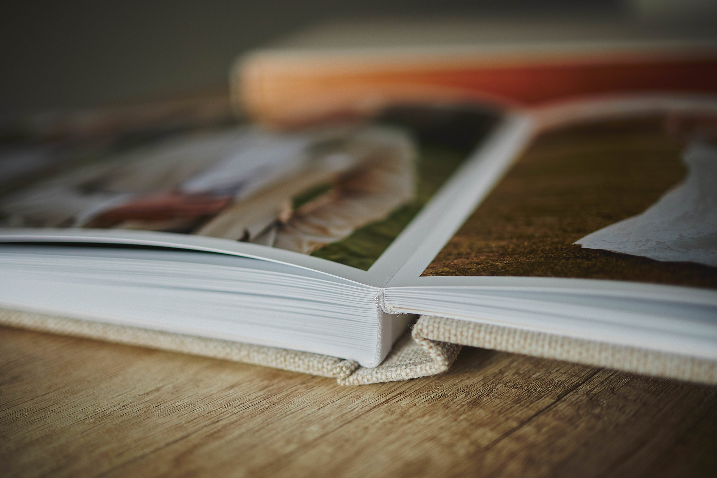 Most Popular Wedding Album - 30x45cm (60 pages-150 photos) 5