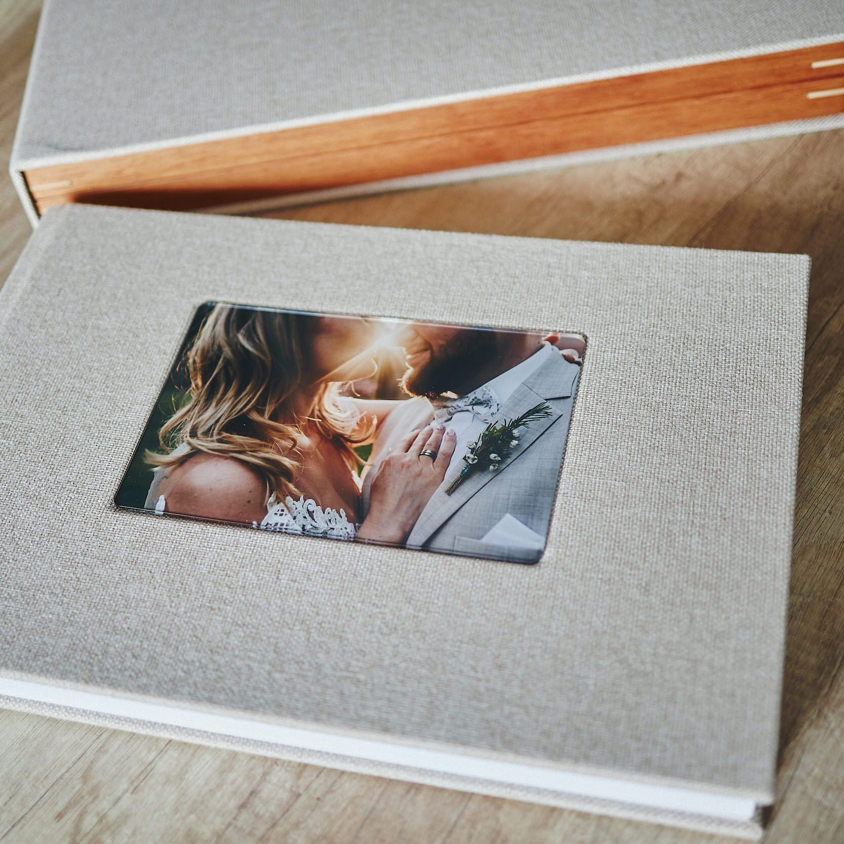 Most Popular Wedding Album -  30x45cm (60 pages-150 photos) 1