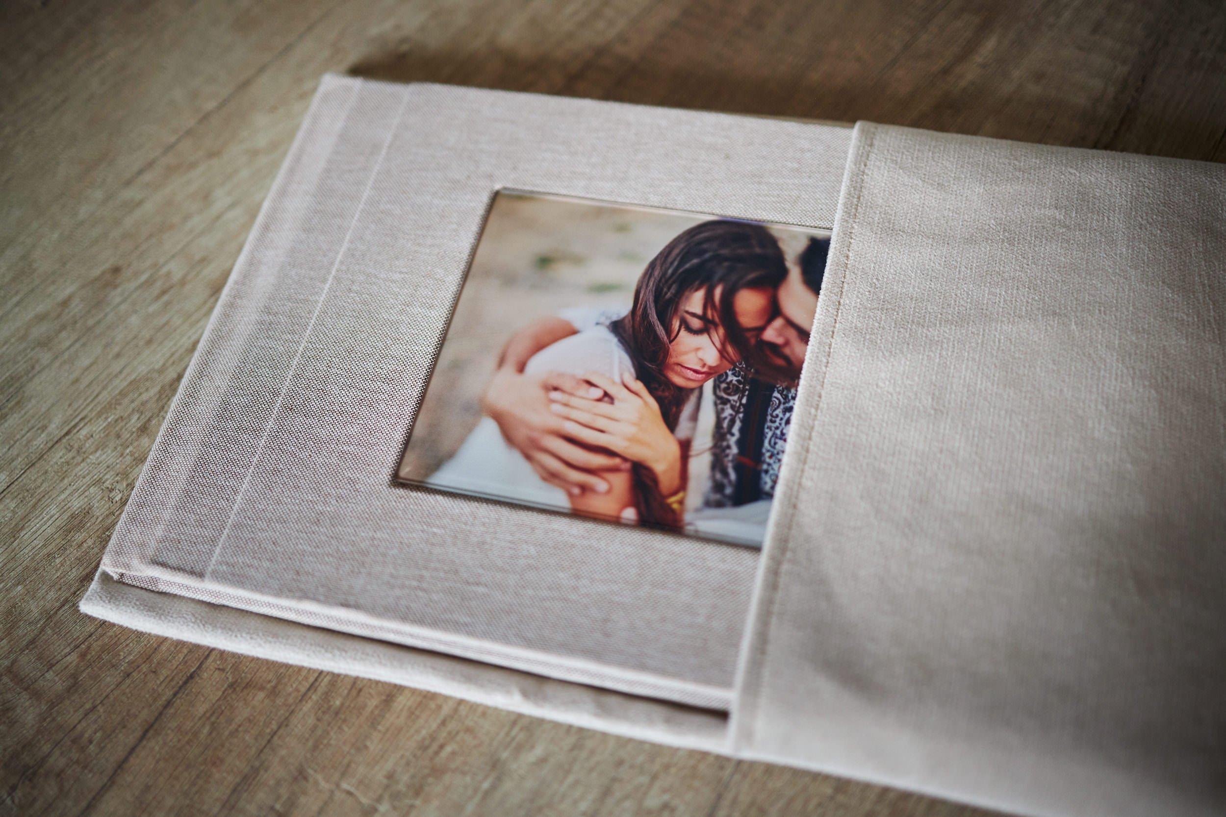 wedding-albums-ireland-00145 36