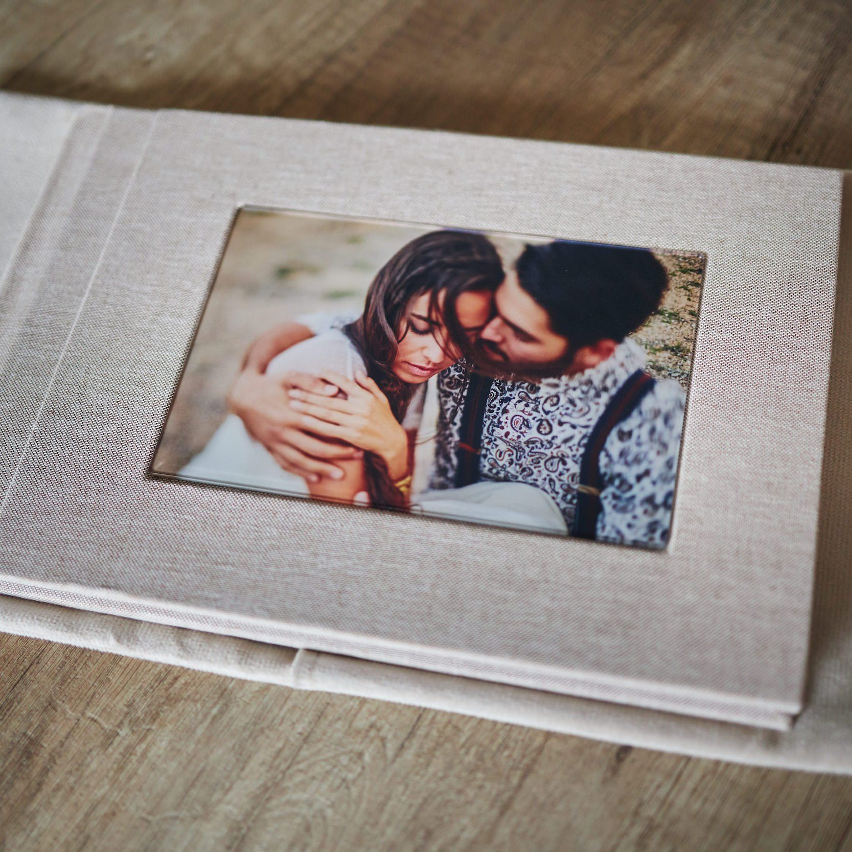 1 Standard and 2 Parents wedding albums (40 pages-100 photos) 8
