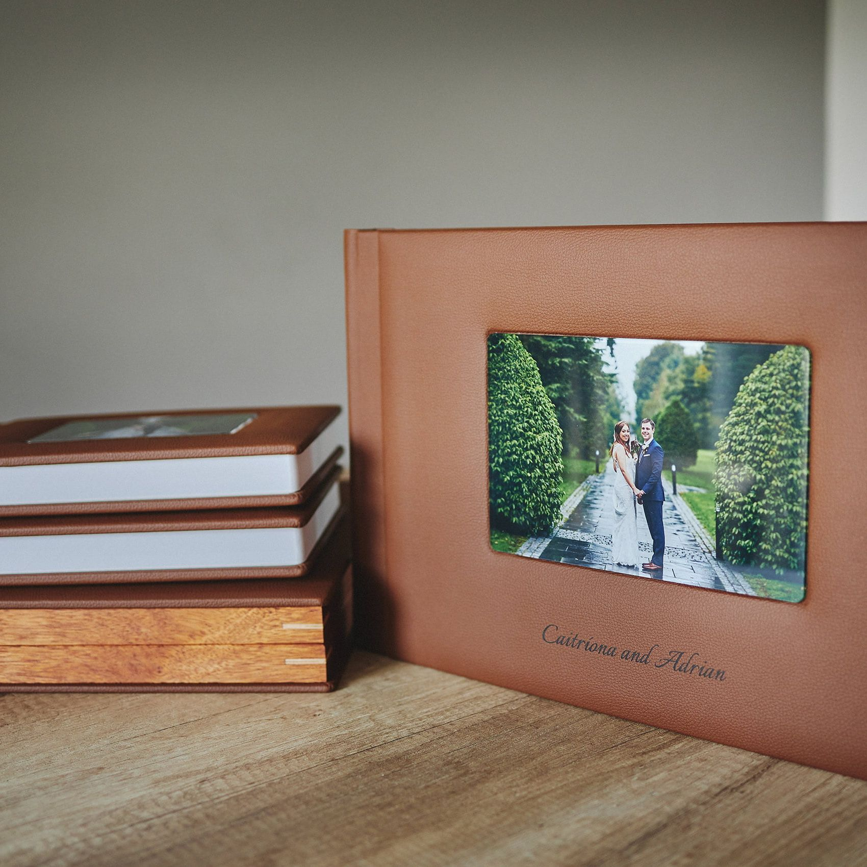 1 Standard and 2 Parents wedding albums (40 pages-100 photos) 6