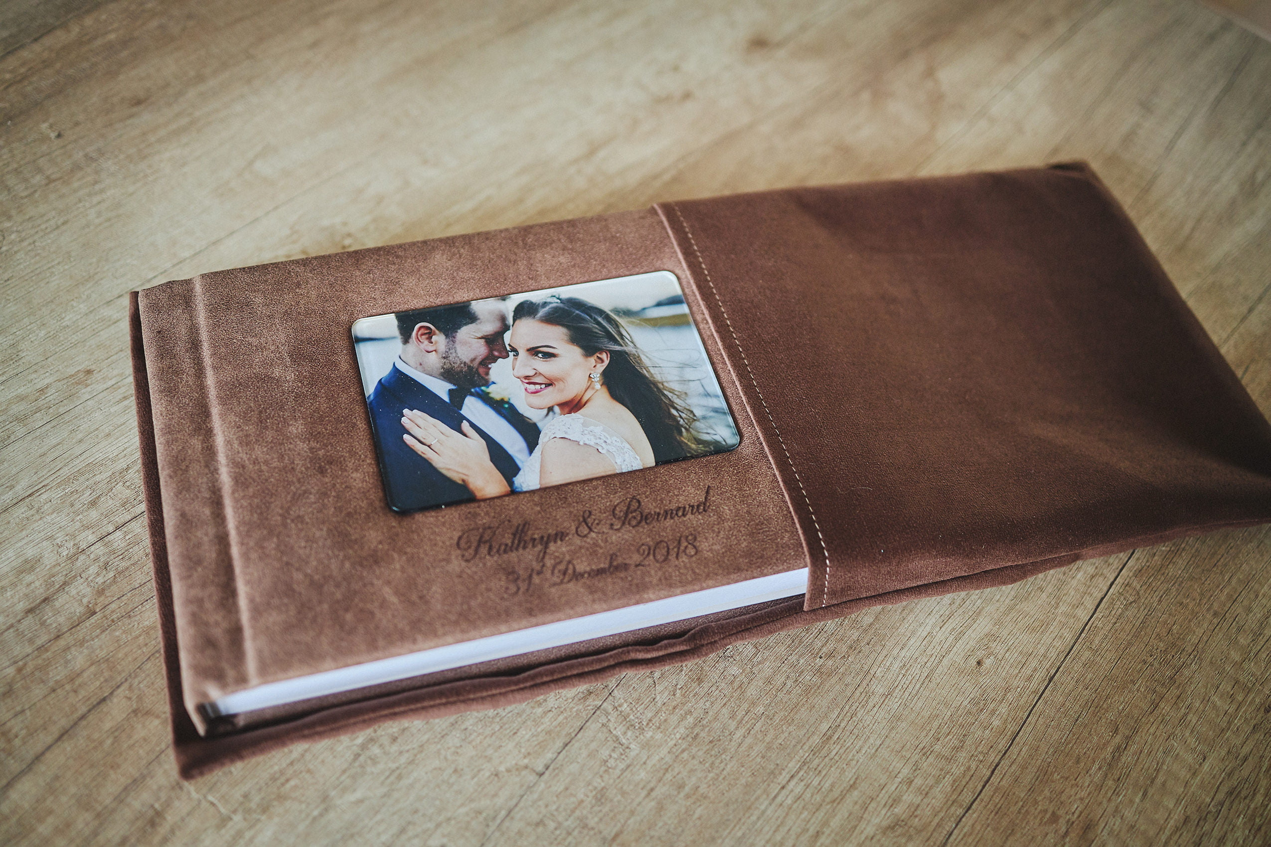 1 Standard and 2 Parents wedding albums (40 pages-100 photos) 4
