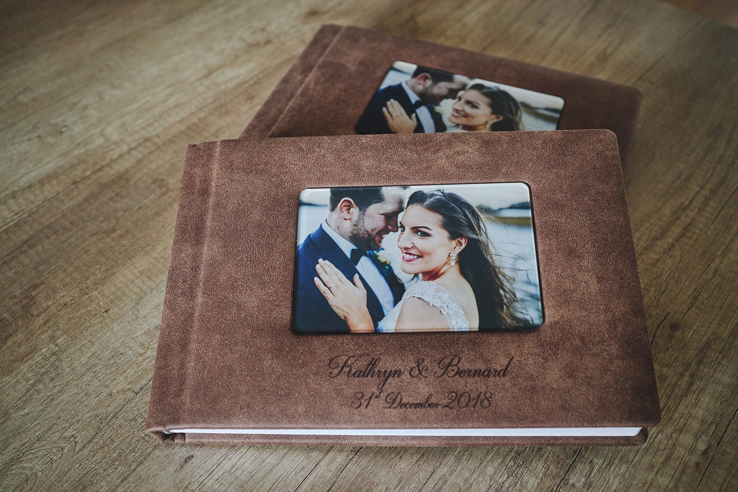 1 Standard and 2 Parents wedding albums (60 pages-150 photos) PLAN 6
