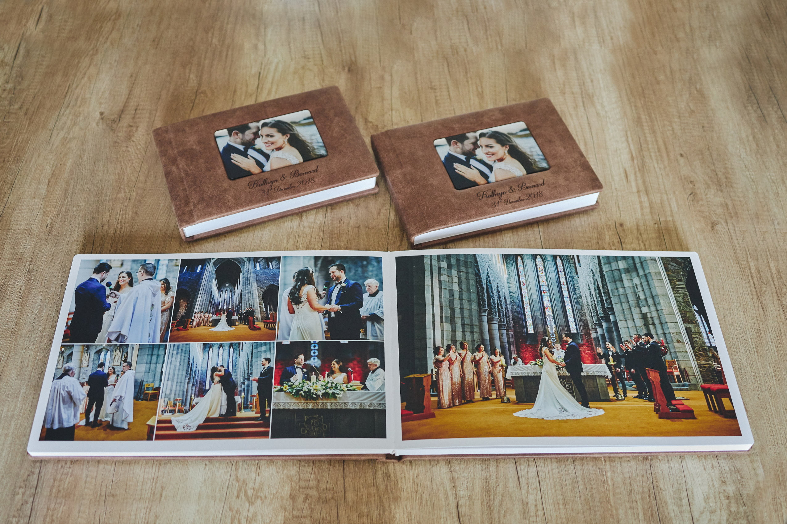 1 Standard and 2 Parents wedding albums (60 pages-150 photos) PLAN 4