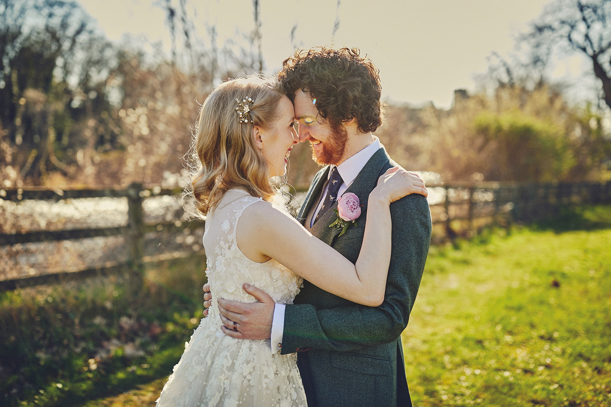 18 Tips on how to Budget and save Money on your Dream Wedding