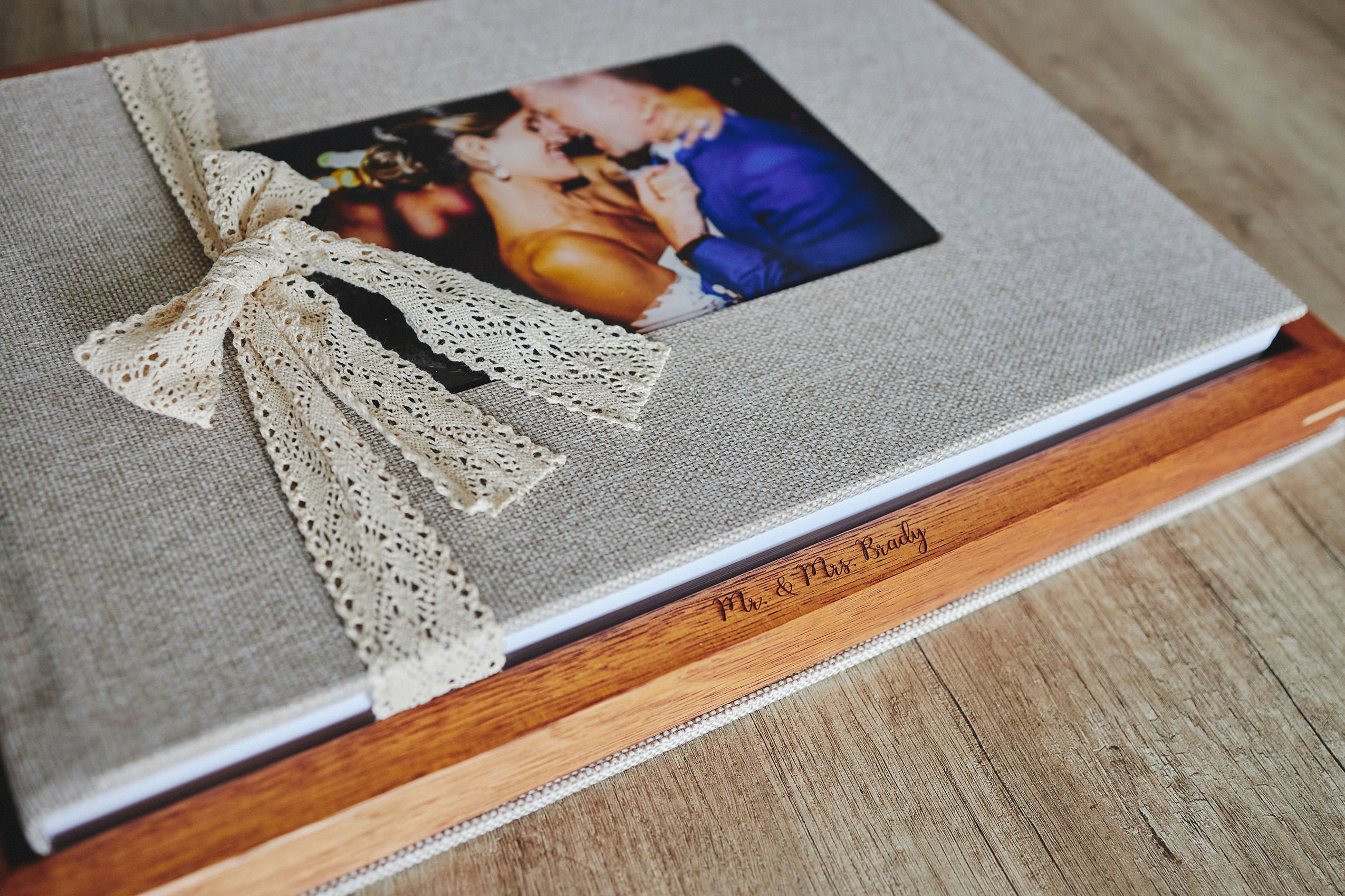 Why you should order a wedding album